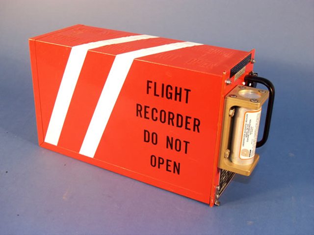 Black Box Pesawat, Ini Fakta dan Fungsi Pentingnya (588832)