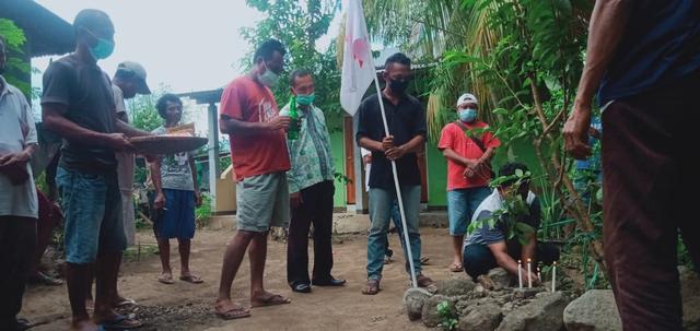 Melihat Ritual Belakun Jelang Prosesi San Juan Larantuka (450606)