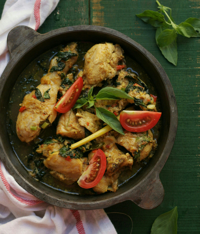 Resep Ayam Woku Manado yang Gurih dan Pedas (53680)