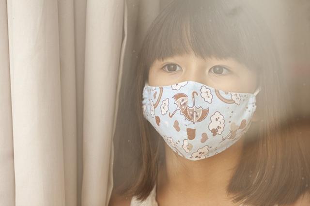 Tips Merawat Anak yang Harus Isolasi Mandiri di Rumah Karena COVID-19 (50968)