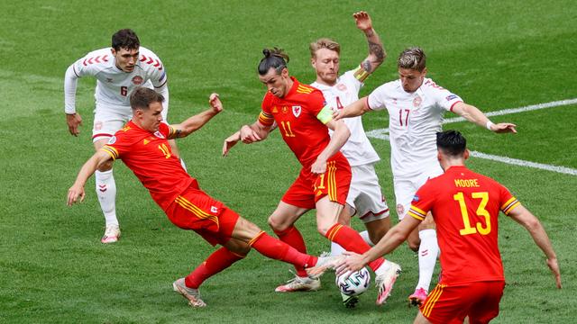 5 Momen Menarik Wales vs Denmark di Euro 2020: Gol Indah hingga Kartu Merah (712453)