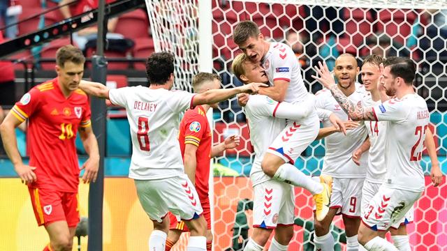 5 Momen Menarik Wales vs Denmark di Euro 2020: Gol Indah hingga Kartu Merah (712454)