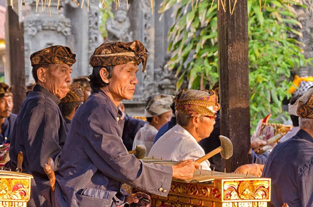 5 Alat Musik Tradisional Indonesia yang Terkenal hingga ke Mancanegara (2449)
