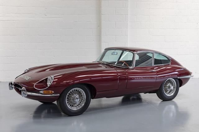 Mobil Ikonik Jaguar Dikonversi Jadi Listrik (280897)
