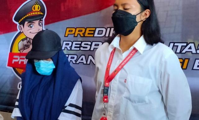 Polda Kepri Ringkus Wanita Pemalsu Surat Tes Antigen (333651)