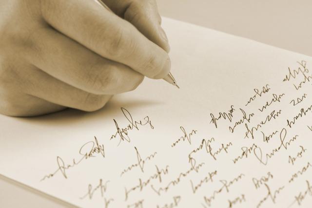 Surat Tertua Berusia 132 Tahun Ditemukan di Pantai Australia, Ini Isinya (165392)