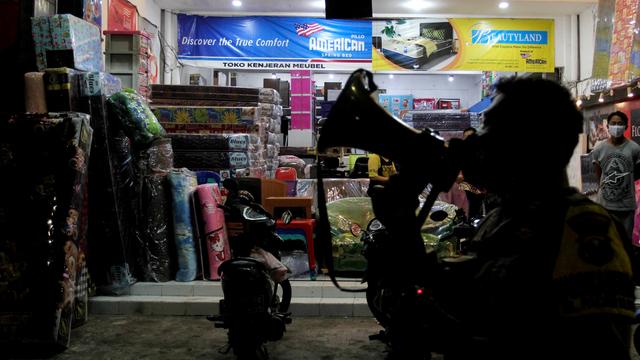 Daftar Lengkap Daerah di Jawa dan Bali yang Terapkan PPKM Darurat (141821)
