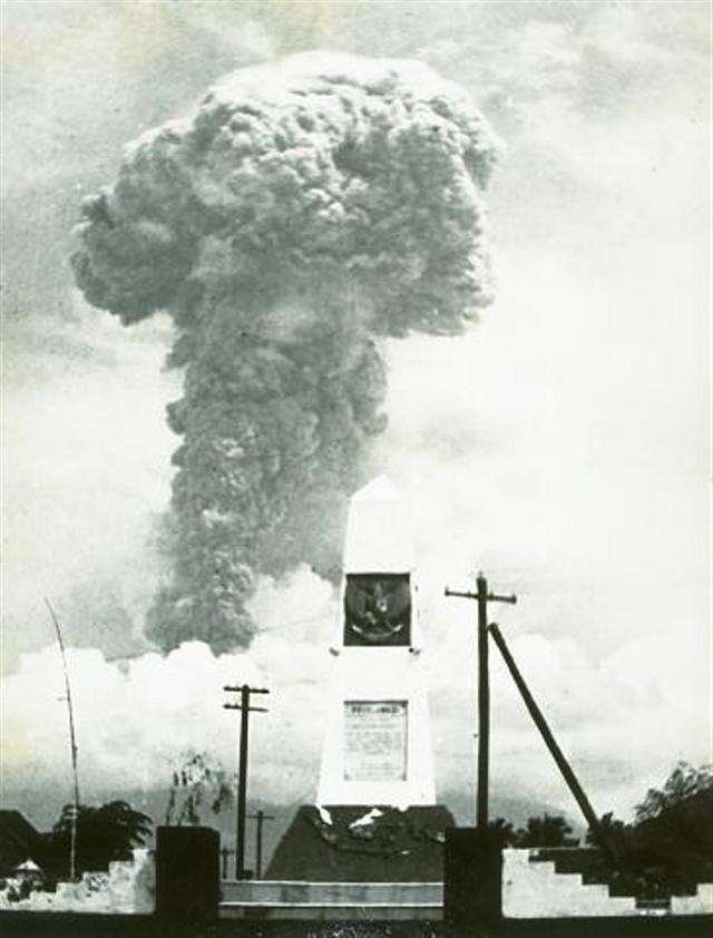 Hubungan Gunung Api Agung dan Pura Besakih dari Waktu ke Waktu (139036)