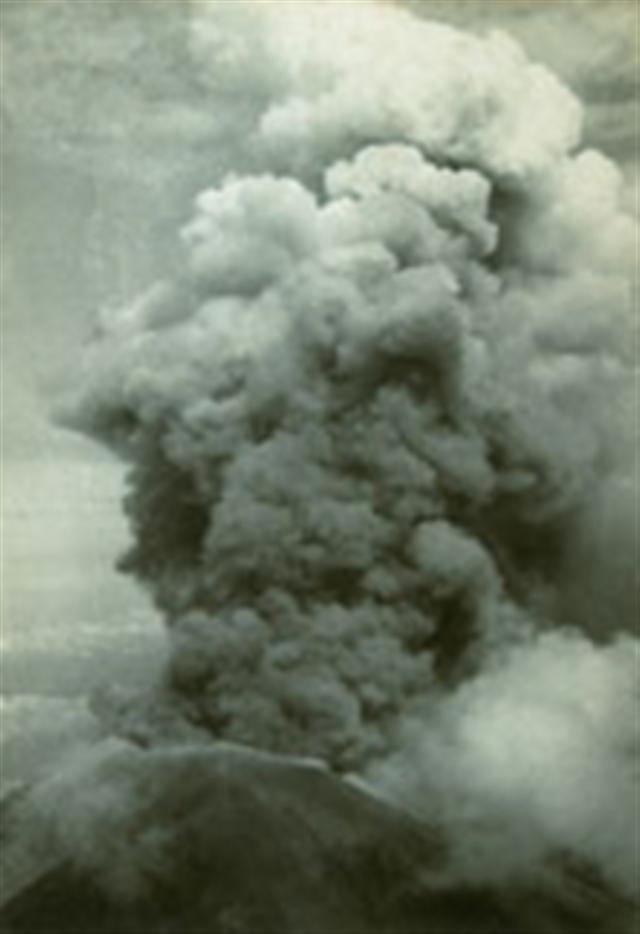 Hubungan Gunung Api Agung dan Pura Besakih dari Waktu ke Waktu (139037)