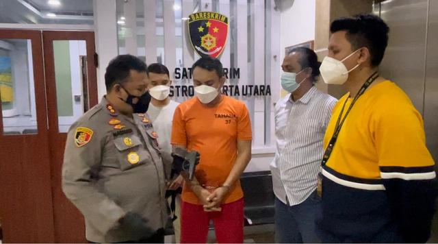 Sempat Berkelit, Pengemudi Penganiaya Sopir Truk di Jakut Akui Todongkan Pistol (732404)