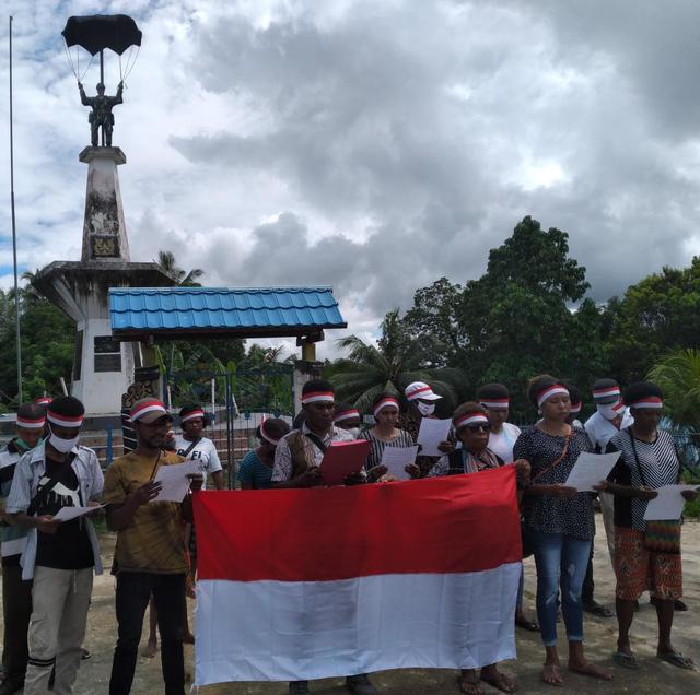 Garda Merah Putih Sorong Selatan Deklarasi Menolak Kampanye Papua Merdeka (104280)
