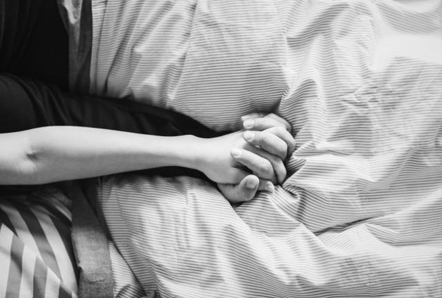 Cara Berhubungan Intim yang Tidak Mengakibatkan Kehamilan, Cek di Sini (250259)