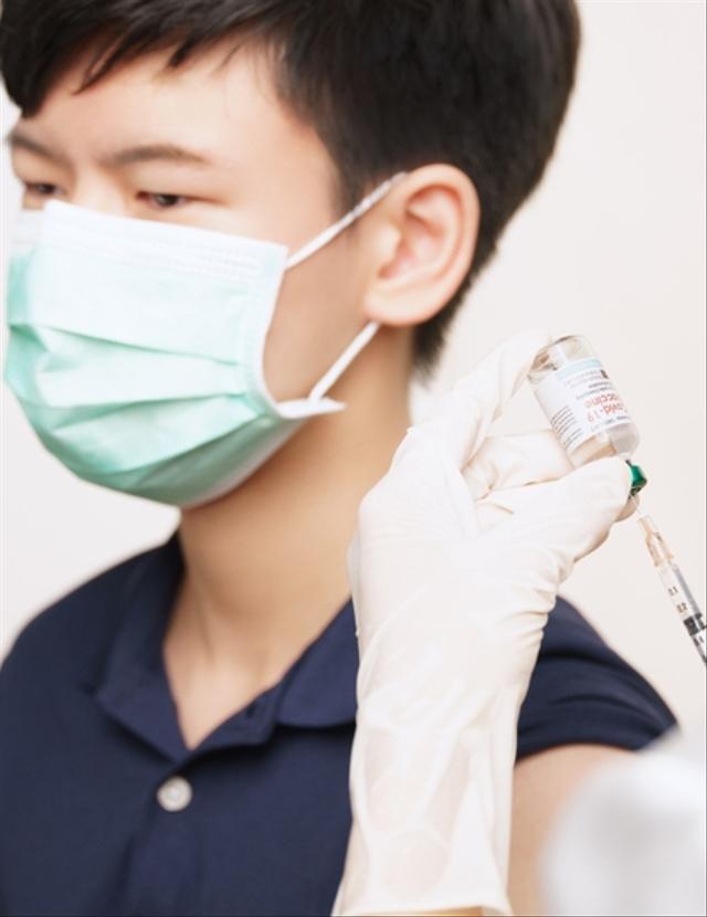 Aturan Vaksinasi COVID-19 untuk Anak (52102)