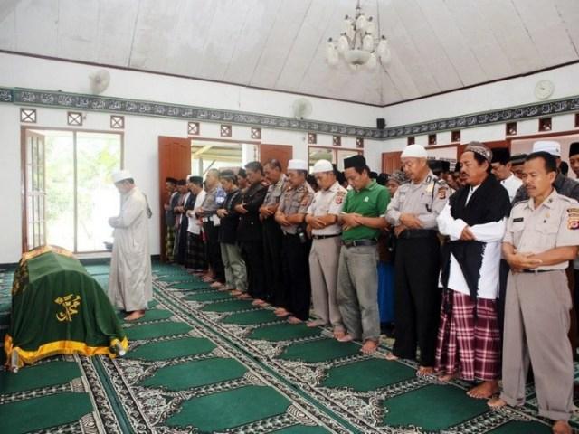 Rukun Shalat Jenazah dan Bacaan Doa di Setiap Takbirnya (1202294)