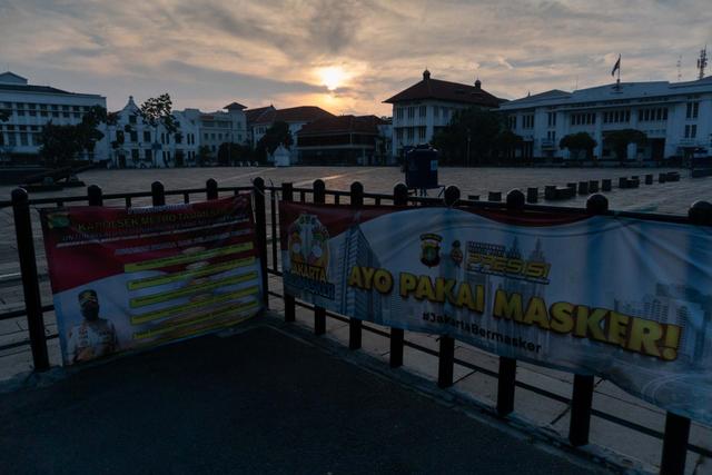 Pangdam Jaya Sesalkan Aparat Harus Berdebat di Jalan: Tolong Tinggal di Rumah (63486)
