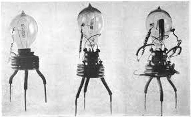 John Ambrose Fleming dan Penemuan Perangkat Kelistrikan Praktis (105702)