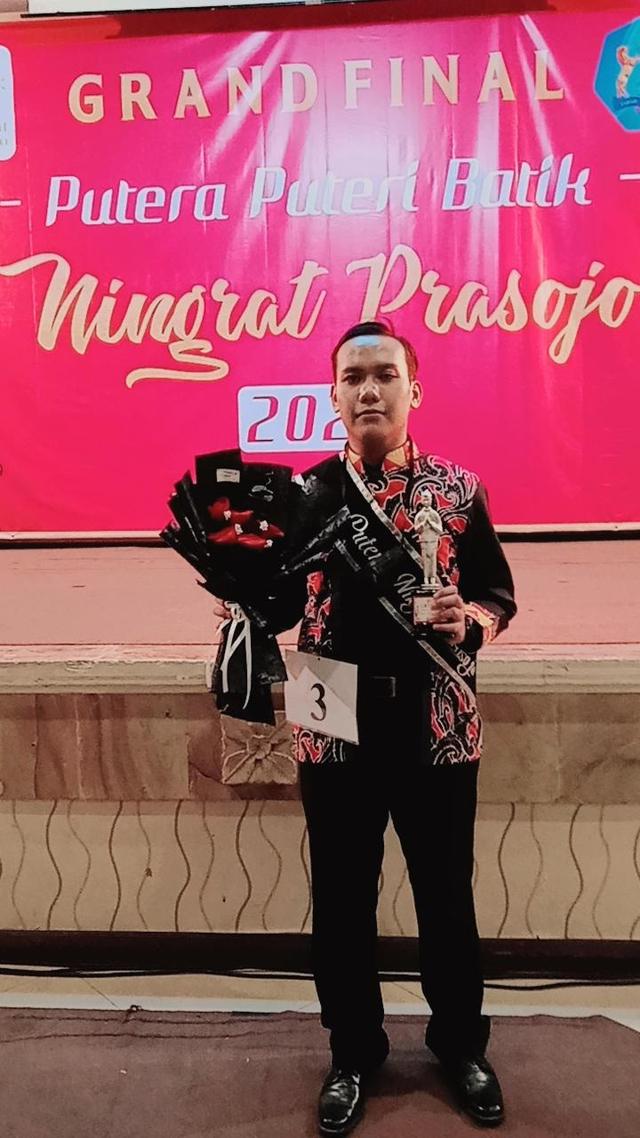 Mahasiswa Unikama Raih Best Catwalk Putra Putri Batik Ningrat Prasojo 2022 (199742)