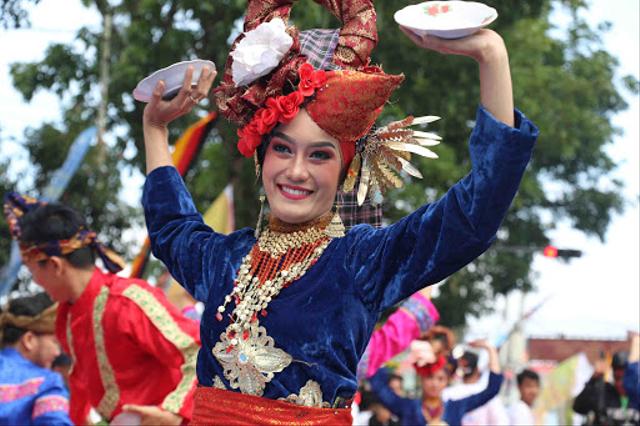 Tarian Daerah Indonesia, 5 Ini Membanggakan (517261)