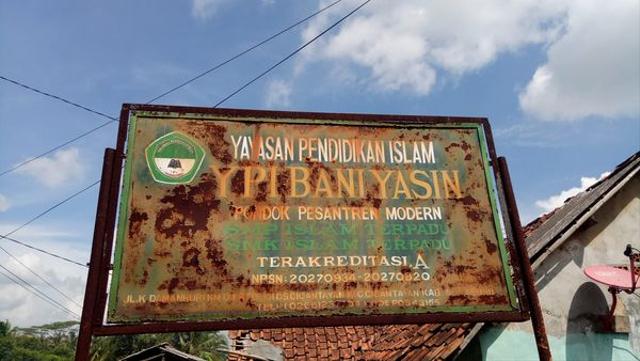 Pesantren Bani Yasin Cantayan: Riwayat Salah Satu Pesantren Tertua di Sukabumi (51726)