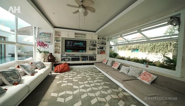 Mirip Kios Mal! Rumah Crazy Rich Bali Ini Punya Ruangan Berisi Ratusan Hermes (367420)