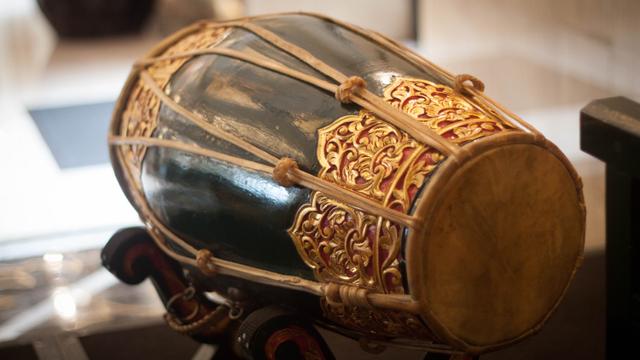 Mengenal 7 Alat Musik Indonesia yang Ikonik, Ada Tehyan hingga Hasapi (4807)