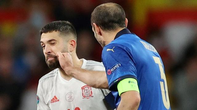 5 Pemain Spanyol dengan Rating Terburuk saat Keok dari Italia di Euro 2020 (2)