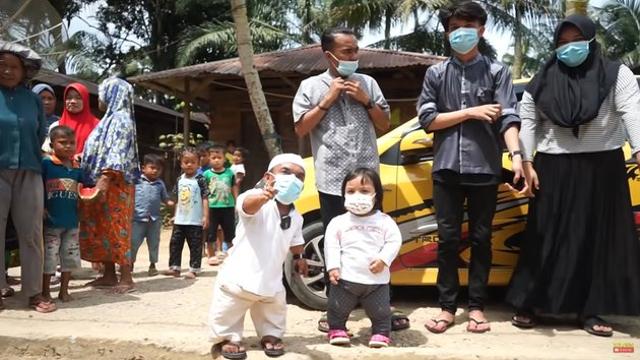 Beralas Tikar, 10 Potret Rumah Ucok Baba di Kampung Halaman Sebelum Terkenal (604711)