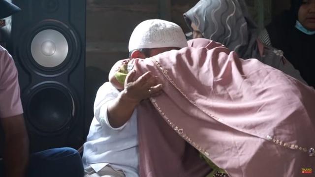 Beralas Tikar, 10 Potret Rumah Ucok Baba di Kampung Halaman Sebelum Terkenal (604716)