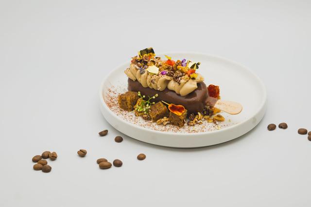 Ragam Dessert Cokelat ala Kafe dengan Paduan Es Krim buat Ngemil di Rumah Saja (167365)