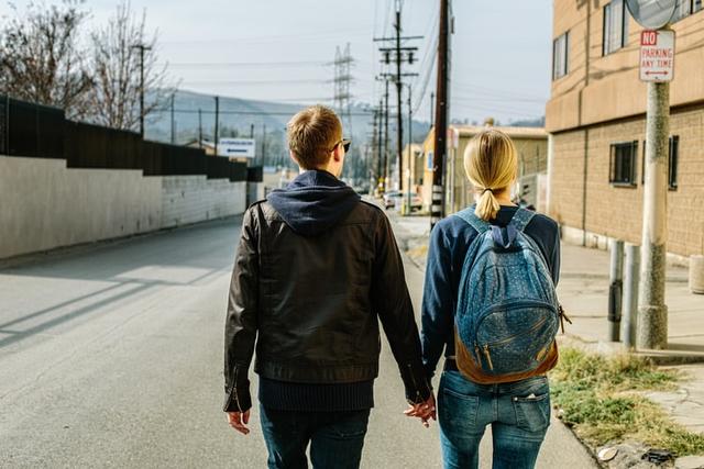 5 Tanda Dia Tak Mau Putus Meski Hubungan Sudah Buruk (5)