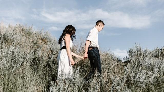 5 Tanda Dia Tak Mau Putus Meski Hubungan Sudah Buruk (7)