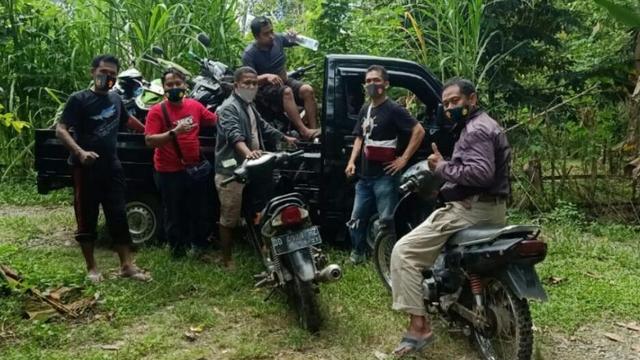Pelaku Kabur, Polisi Amankan 6 Motor di Lokasi Judi Sabung Ayam di Bulukumba (768779)