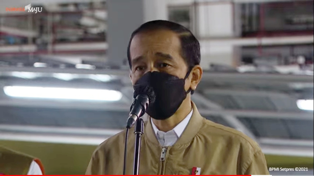 Populer: Rektor UI Mundur dari Komisaris BRI; Curhat Pelaku UMKM ke Jokowi (38001)