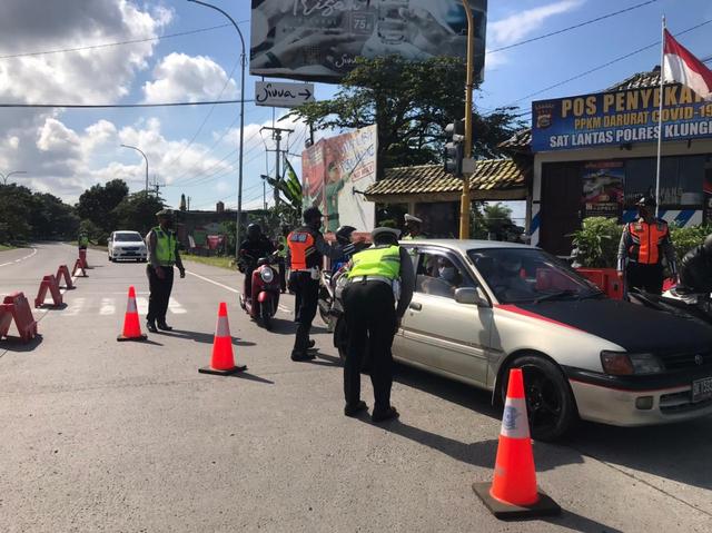 819 Kendaraan di Klungkung, Bali, Diputar Bali Selama PPKM Darurat (60185)