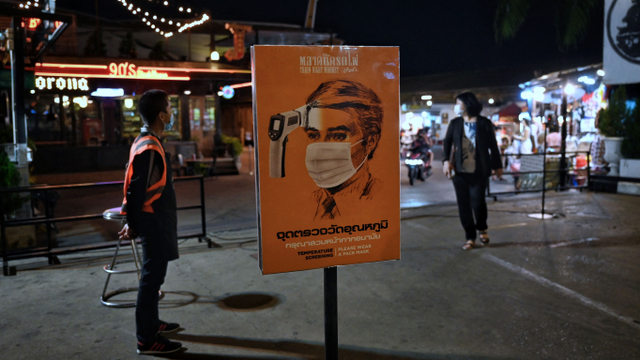 Train Night Market Ratchada Bangkok Akan Tutup Permanen? (671925)