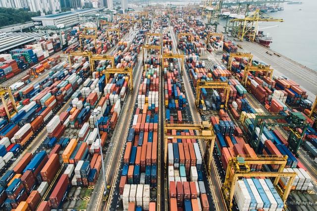 Jelaskan Pengertian Perdagangan Internasional Beserta Kebijakannya (11592)