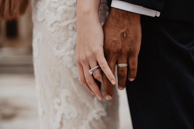 Mimpi Menikah dengan Orang Lain, Kenali 4 Artinya Berikut! (471505)