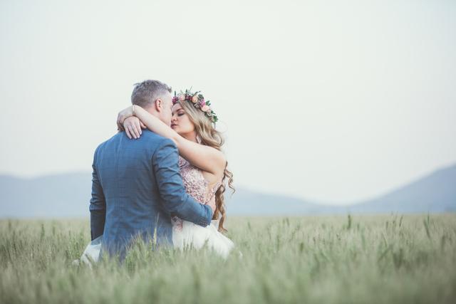 Mimpi Menikah dengan Orang Lain, Kenali 4 Artinya Berikut! (471506)