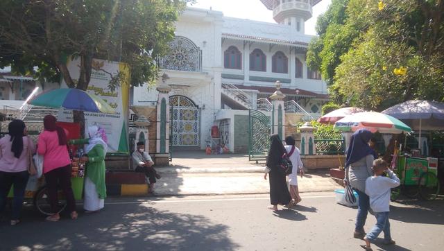 MUI Cianjur Tiadakan Salat Jumat di Masjid Agung selama PPKM Darurat (1098372)