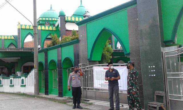 Selama PPKM Darurat, Sejumlah Masjid di Kabupaten Tegal Tak Gelar Salat Jumat (86102)