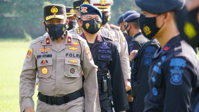Polda Sumsel Terjunkan 104 Personel Brimob untuk Cegah Karhutla (522095)