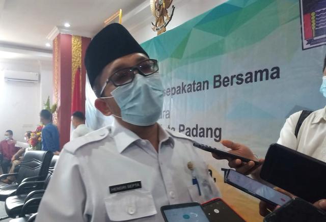 Pemko Padang Perbolehkan Gelar Pesta Pernikahan Selama PPKM Mikro (146160)