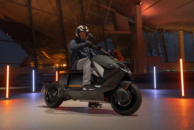 Motor Listrik BMW CE 04 Resmi Meluncur, Bisa Dipacu hingga 130 Km/Jam! (887366)