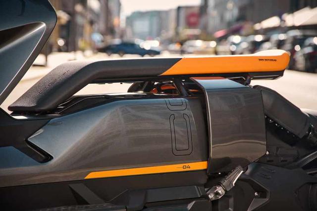Motor Listrik BMW CE 04 Resmi Meluncur, Bisa Dipacu hingga 130 Km/Jam! (887367)