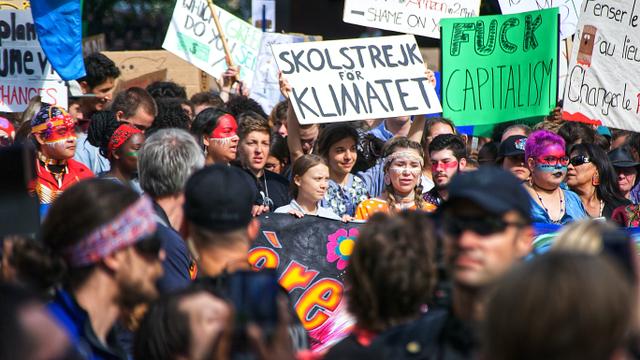 Kosmopolitanisme dan Gerakan Aktivisme Transnasional Mogok Sekolah Demi Iklim (729183)