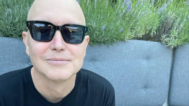 Mark Hoppus: Aku Akan Ikut Tes yang Menentukan Apakah Tetap Hidup atau Meninggal (579057)