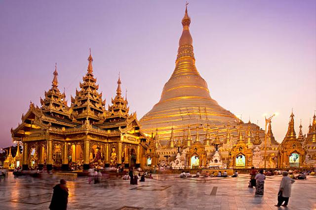 Mengenal 4 Macam Tempat Ibadah Budha dan Perbedaannya (438761)
