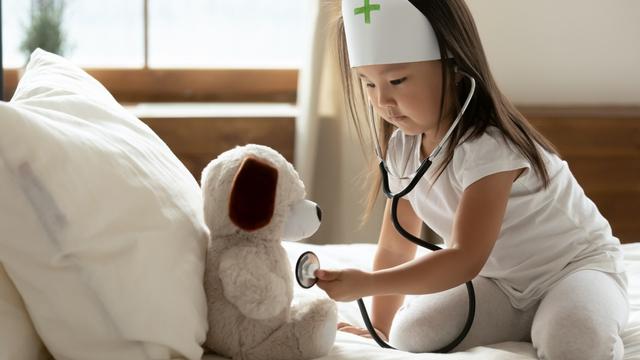Manfaat Permainan Simbolik untuk Anak Balita (233953)