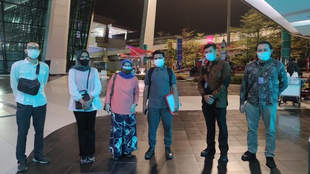 Jenazah Gadis Hafal Alquran Meninggal di Mesir Tiba di Jakarta, Besok ke Aceh (250712)