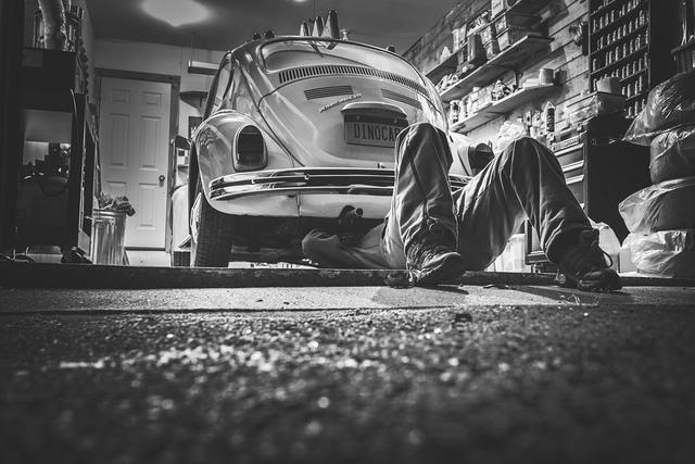Cara Melakukan Tune Up Mobil Secara Mandiri di Rumah (12542)